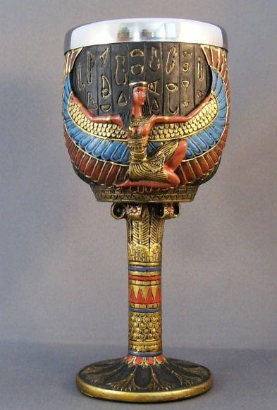 Египетский золотой кубок Исиды